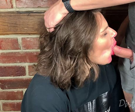 Youtuber gets her face fucked with throbbing cumshot